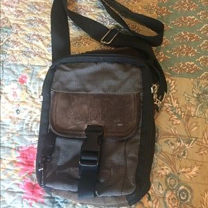 Crossbody travel bag from Eddie Bauer